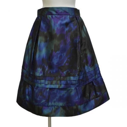 総柄スカートの写真