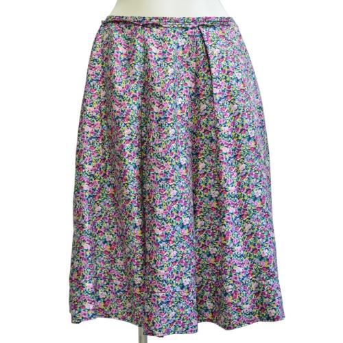 フラワープリントスカートの写真