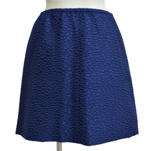 鱗模様スカートの写真