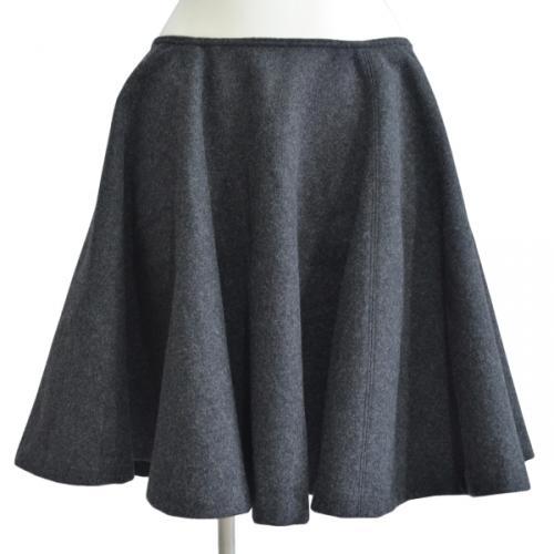 ウールアンゴラサーキュラースカートの写真