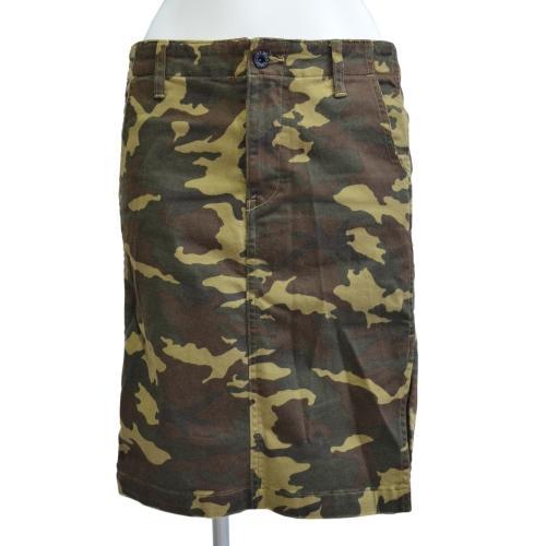 迷彩スカートの写真