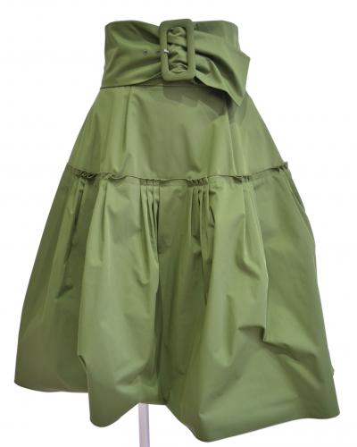 タキシードスカートの写真