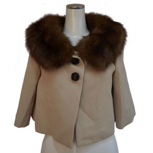 セーブル付きジャケットの写真