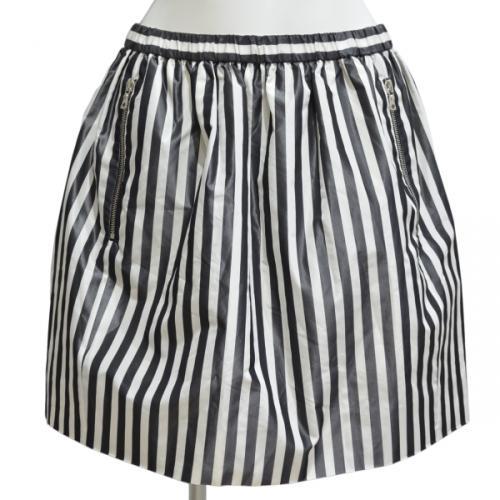 シルクストライプスカートの写真